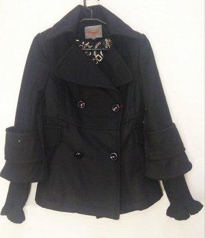 Пальто Старая цена 699 рублей! Пальто укороченное женское демисезонное. Состав 84% polyester 16 %Cashmere Цвет : Черный Соответствие р-ров прописано самостоятельно , размеры на этикетке могут отличать