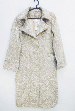 Пальто Старая цена 995 рублей! Пальто женское демисезонное. Соответствие р-ров прописано самостоятельно , размеры на этикетке могут отличаться. Застежка пуговицы Цвет : Бежевый Соответствие р-ров 2-46
