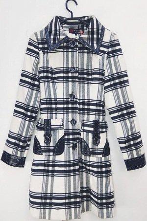 Пальто Старая цена 699 рублей! Пальто женское демисезонное. Соответствие р-ров прописано самостоятельно , размеры на этикетке могут отличаться. Застежка пуговицы Цвет : Клетка