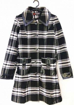 Пальто Пальто женское демисезонное. Соответствие р-ров прописано самостоятельно , размеры на этикетке могут отличаться. Застежка пуговицы Цвет : Клетка