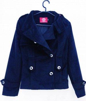 Пальто Пальто короткое женское демисезонное. Состав 70% polyester 30 %Nylon Соответствие р-ров прописано самостоятельно , размеры на этикетке могут отличаться. Застежка пуговицы Цвет : черный