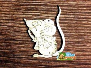 Мышонок Мышонок, не комплектуется тесьмой для подвеса, размеры 10*13 см, материал: фанера 3 мм.  Это изделие может быть использовано как новогоднее украшение на елку.  Заготовка выполнена из влагостой
