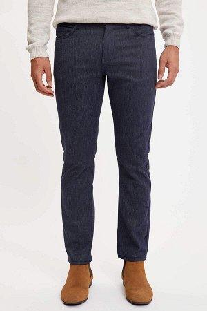 брюки Размеры модели: рост: 1,89 грудь: 100 талия: 81 бедра: 97 Надет размер: размер 30 - рост 30  Хлопок 68%,Elastan 1%, Полиэстер 31%