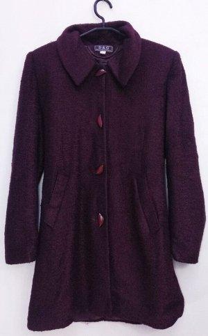 Пальто Пальто женское демисезонное Цвет: винный застежка пуговицы.
