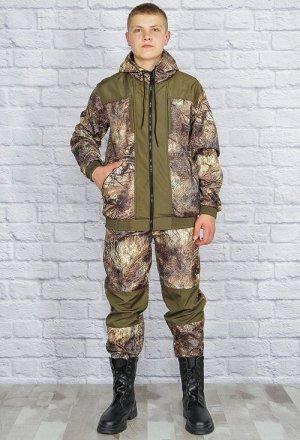 Костюм 703 рост 170-176 Состав: 100% полиэстер Описание: Удобный демисезонный костюм состоит из куртки с капюшоном и брюк с широким поясом. Ткань костюма полофлис.