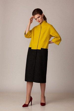 Пальто Пальто Rosheli 739 желтый с черным  Состав ткани:Пальто: ПЭ-60%; Шерсть-40%; Подкладка: ПЭ-100%;  Рост: 164 см.  Пальто из мягкой пальтовой ткани на подкладке. Современный силуэт «летуча