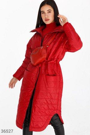 Яркое стеганое пальто