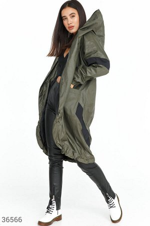 Куртка из непромокаемой ткани цвета хаки