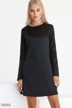 Свободное черное мини-платье