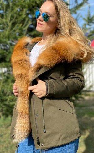 Парка Шикарная парка с мехом лисы,внутри утеплены мехом лисы,внутри утеплена мехом стриженгог бобрика, зашитый в подкладе.Качество люкс. Длина 75 см. Идёт в размер.