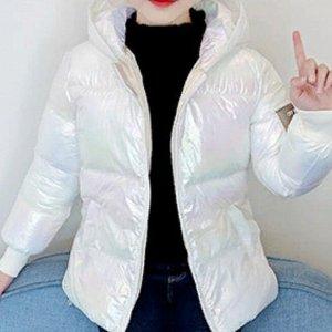 Куртка Яркие, стильные, модные перламутровые  курточки для Ваших чад Наполнитель - Синтепон. Размерная сетка (размер, примерный рост): 110 - рост 100-110 см  120 - рост 110-120 см  130 - рост 120-130