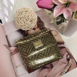Миниатюрный женский кошелек LasFernando двойного сложения из натуральной кожи с лазерной обраткой золотистого цвета.