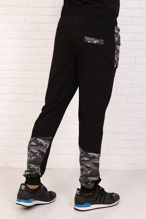 Брюки 4926 хлопок 74%, п/э 20%, лайкра 6% Брюки мужские с кокеткой, на манжетах, карманы на молнии, задний карман накладной с отделочной листочкой. Модель имеет отделочные вставки на передних карманах