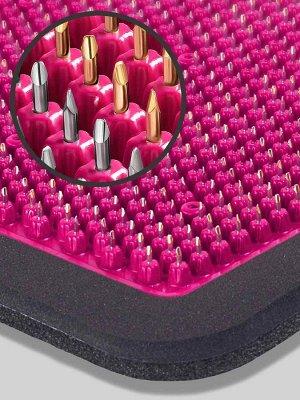 Массажер Массажер медицинский «Аппликатор Кузнецова металломагнитный» на мягкой подложке, 15х22 см, полиметаллический, малиновый  Основные преимущества:  1. Металлические иглы имеют гладкую, идеальную