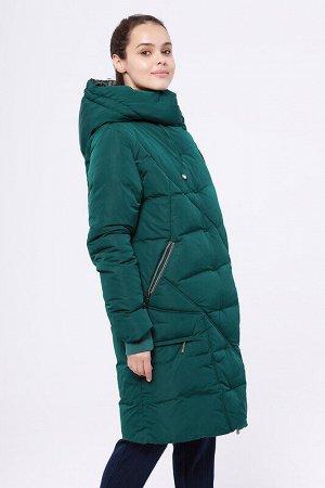 Пальто Состав: 68% ПЭ, 32% нейлон;  Сезон: Осень, Зима;  Цвет: Изумрудный;  ;  С подкладом: С подкладом (состав- 100% п/э);  Утеплитель: Утеплитель- Синтепух Модное зимнее пальто прямого силуэта. Цел