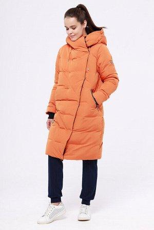 Пальто Состав: 68% ПЭ, 32% нейлон;  Сезон: Осень, Зима;  Цвет: Оранжевый;  Страна: Россия;  С подкладом: С подкладом (состав- 100% п/э);  Утеплитель: Синтепух Модное зимнее пальто прямого силуэта. Цел