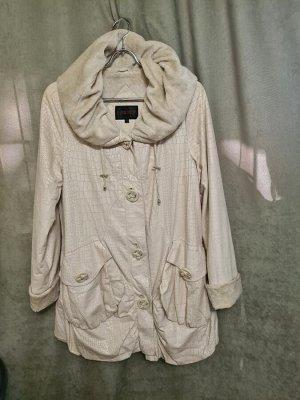 Куртка Куртка Пекин. Осень, на флисе. Цвет молоко, удлиненная.  Размер 46 (на русский 50)