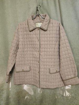 Куртка Куртка Пекин. Осень, стеганная, облегченная. Цвет капучино. Полуприлегающая.