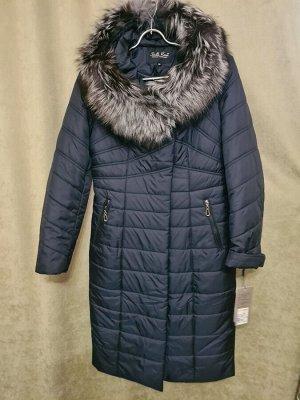 Пальто Пальто Пекин. Зима, наполнитель верблюжья шерсть. С капюшоном, воротник чернобурка. Цвет темно синий.