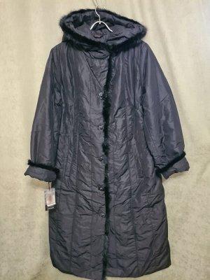 Пальто Пальто Пекин. Зима, наполнитель верблюжья шерсть. С капюшоном. Цвет черный.