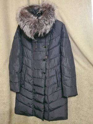 Пальто Пальто Пекин. Зима, наполнитель холлофайбер. С капюшоном, отделка чернобурка. Цвет черный. Размер L (на русский 46-48).