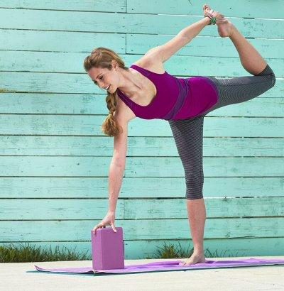 Боремся с болью в спине и включаем йогу в свою жизнь — Кирпичи для более глубокой практики — Спортивный инвентарь