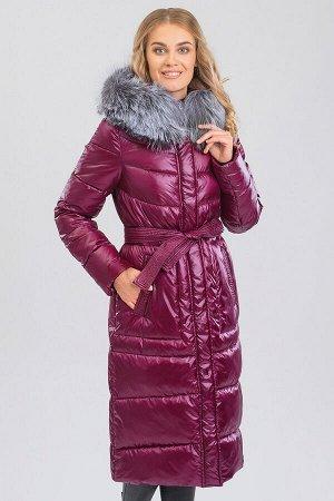 Вишневый Пальто зимнее на синтепухе(синтетический пух). Силуэт прямой, умеренного объема. Эта модель подойдет любителям классики и одновременно практичности, а благодаря длине  она будет лучшим вариан