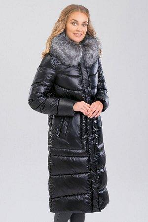 Черный Пальто зимнее на синтепухе(синтетический пух). Силуэт прямой, умеренного объема. Эта модель подойдет любителям классики и одновременно практичности, а благодаря длине  она будет лучшим варианто