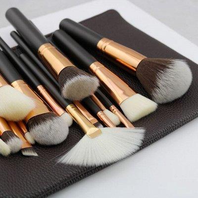Мерцающий прозрачный блеск или красный глянец?❤️ — PARISA Профессиональные кисти для макияжа — Инструменты и аксессуары