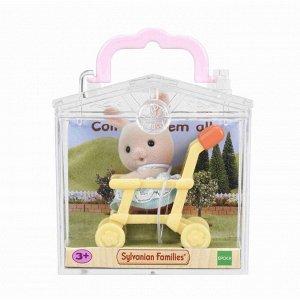 """Набор """"Младенец в пластиковом сундучке """" (кролик в коляске)"""