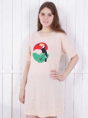 Платье Платье  для девочек 11/16 лет. Силуэт модели полуприлегающий, плечо спущено, рукав имеет подворот. Длина изделия не ниже середины бедра.  Горловина выполнена окантовкой. Принт поддерживает общу