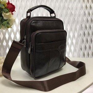 Мужская сумка Zilberry из мягкой натуральной кожи с ремнем через плечо кофейного цвета.