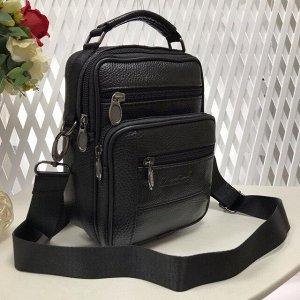 Мужская сумка Zilbag из мягкой натуральной кожи с ремнем через плечо чёрного цвета.