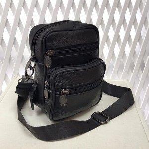 Модная мужская сумка Ispirit из мягкой натуральной кожи с ремнем через плечо чёрного цвета.