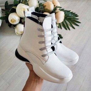 Белые кожаные ботинки Flavor