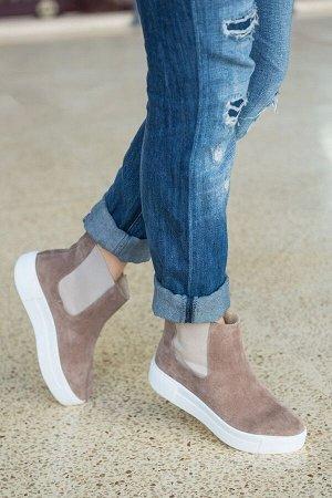 Бежевые замшевые ботинки CHELSEA