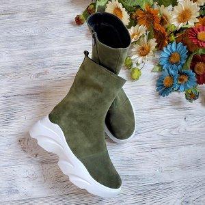Замшевые ботинки Shark цвета хаки