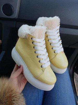 Желтые кожаные высокие кеды SWEETY