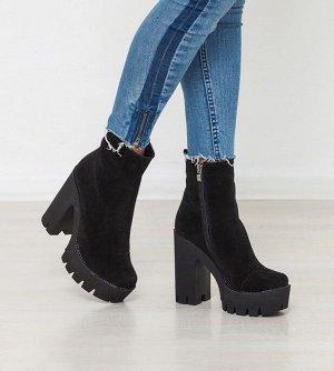 Черные замшевые эпатажные ботинки