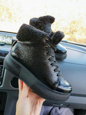 Черные кожаные высокие кеды SWEETY Just Black