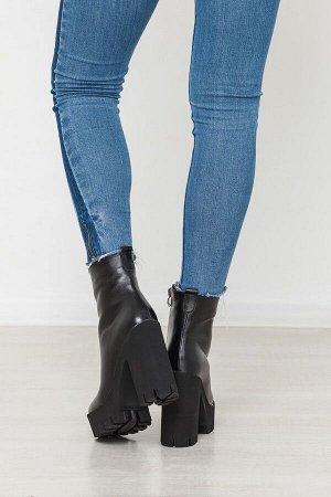 Черные кожаные эпатажные ботинки