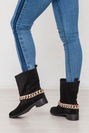 Черные замшевые ботинки декорированные цепью