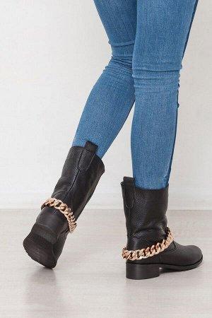 Черные кожаные ботинки декорированные цепью