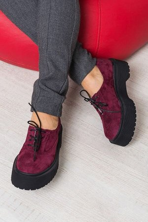 Бордовые замшевые туфли Doctor