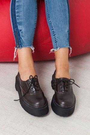 Коричневые кожаные туфли Doctor