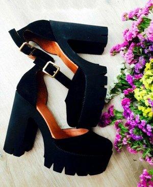 Черные замшевые туфли Yoke