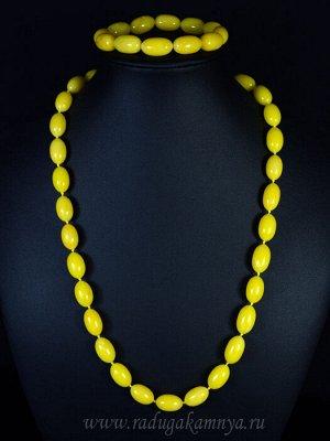 Набор из янтаря бусы и браслет овал 10*16мм медово-молочный, 55см