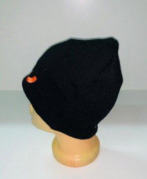 Шапка Черная шапка с ярким узором  №1885