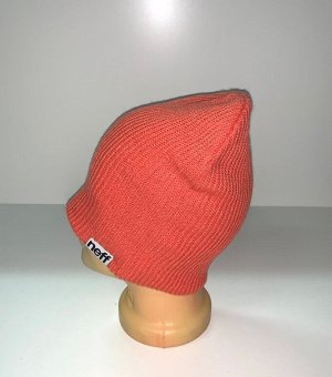 Шапка Привлекательная светлая шапка  №1689