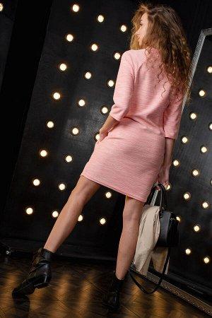 Платье Плотный вязаный трикотаж Данный товар можно выбрать по расцветкам: черный, фламинго ткань: отто  состав: п/э 50%, вискоза 40%, хлопок 10% Платье молодежное. Горловина в виде стойки с декоративн